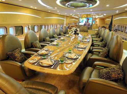 الأمير الوليد بن طلال يشترى 'قصراً طائراً' بقيمة 489 مليون دولار