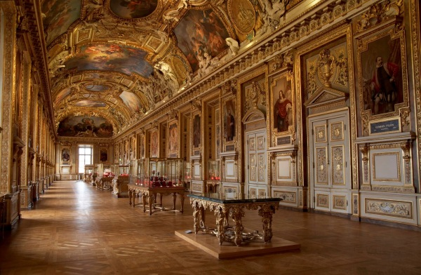 Muzeul Luvru - interior
