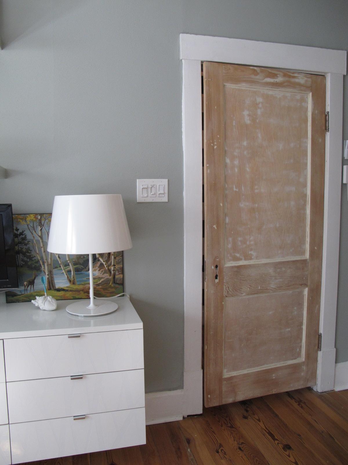 open bedroom door ~ bridal-navi