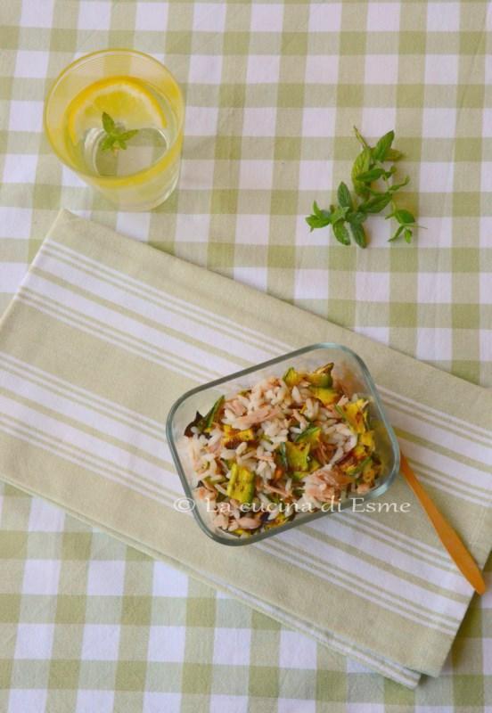 insalata di riso light con olio aromatizzato alla menta