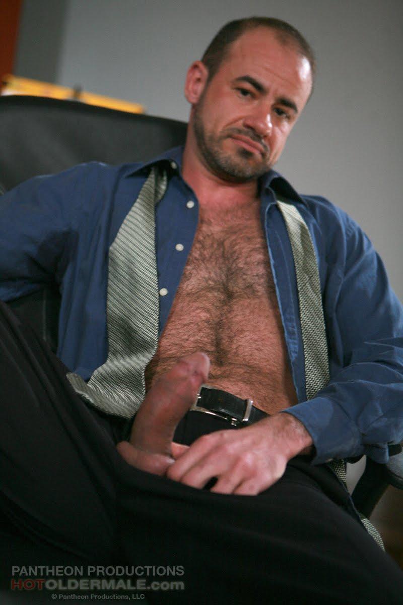 pelados e gostosos homens tesudos gay engravatado peludo tesudo