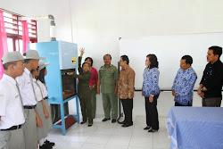 PT Inalum (Persero) Sumbang Alat Laboratorium ke SMAN 1 Silahisabungan
