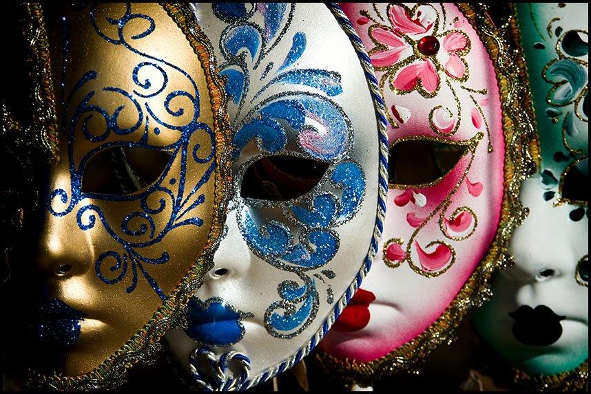 Las máscaras de la suciedad a la persona