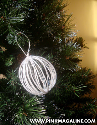DIY Yarn Christmas Balls