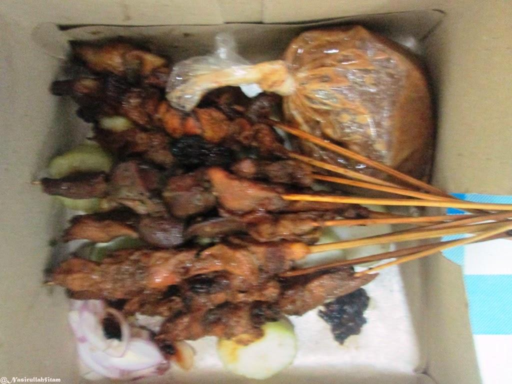 Sajian menu sate ayam kampung menggugah selera makan