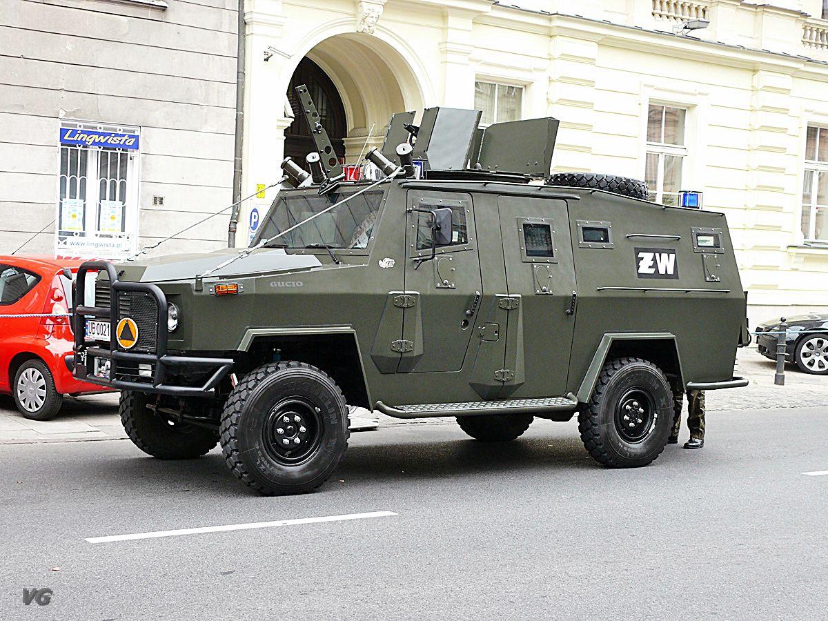 army: AMZ-KUTNO - Armoured Vehicles, Ambulances, Buses and ...