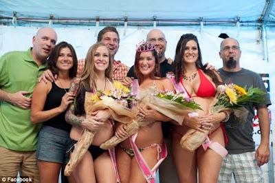 concurso de chicas embarazadas en bikini 2011