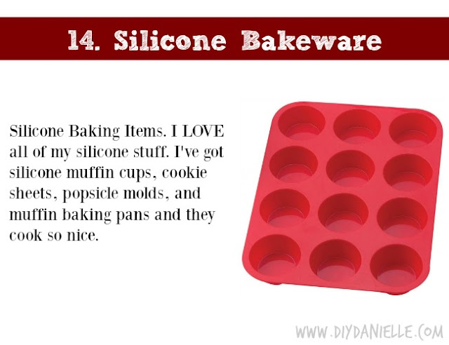 Holiday Gift Idea for Adults: Silicone Bakeware