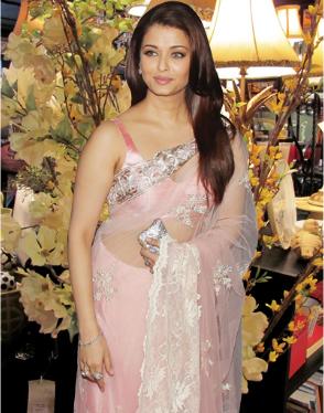 Aishwarya  Baby on Aishwarya Rai Baby Bump Jpg