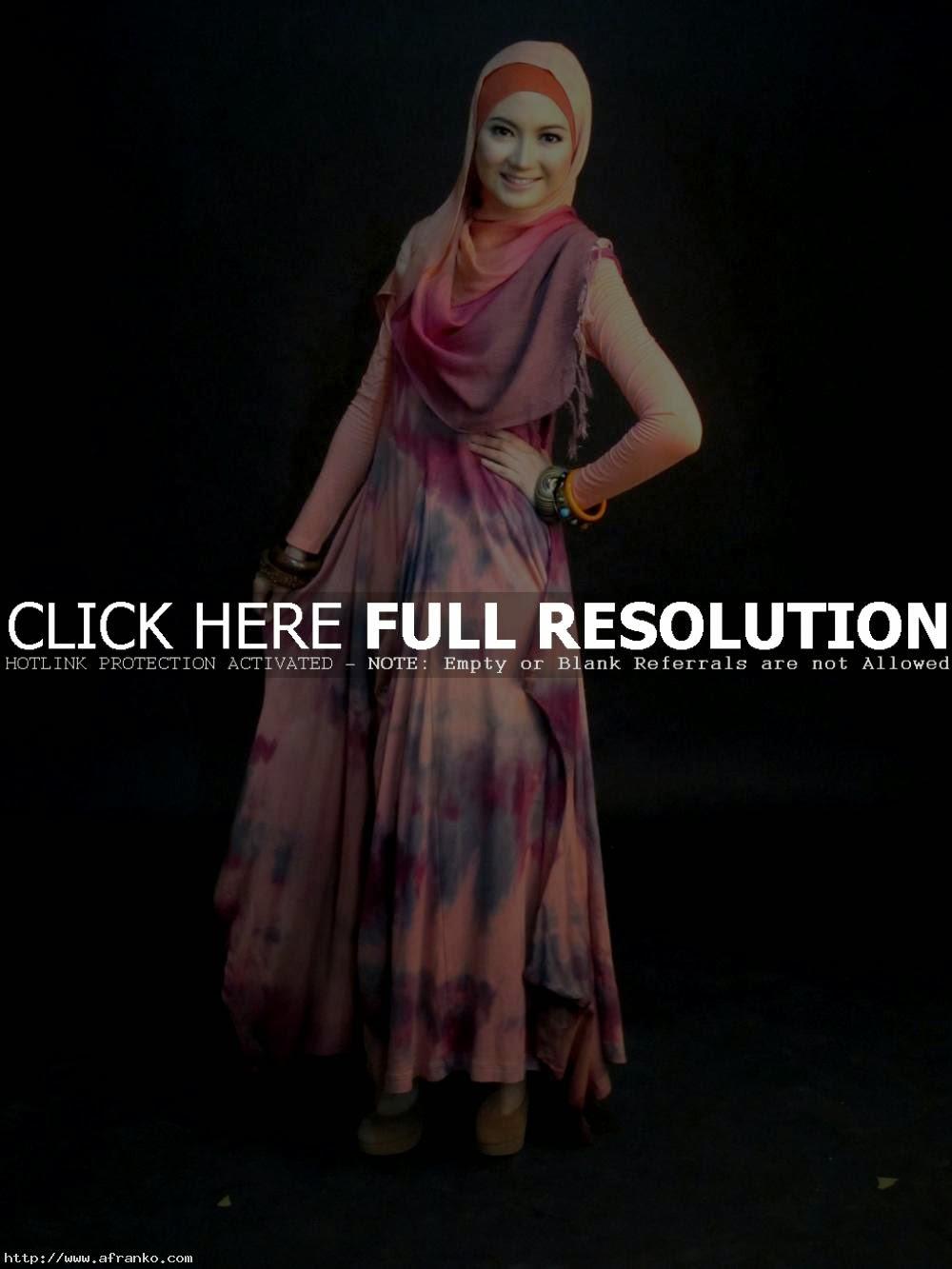 model gaun pesta muslim dian pelangi