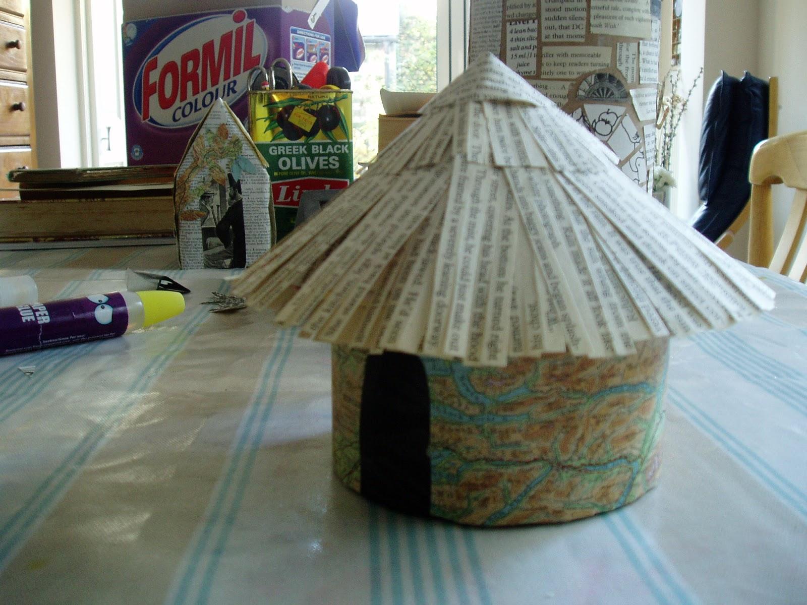 http://4.bp.blogspot.com/-kCRDCivEgWY/UJ_EIY10pAI/AAAAAAAABdg/5iUZgPb1Y5U/s1600/paper+hut.JPG