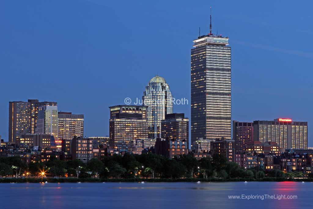 http://juergenroth.photoshelter.com/gallery-image/Boston/G00003cWcZlgWzHI/I0000Gb7yhNbdL2Q