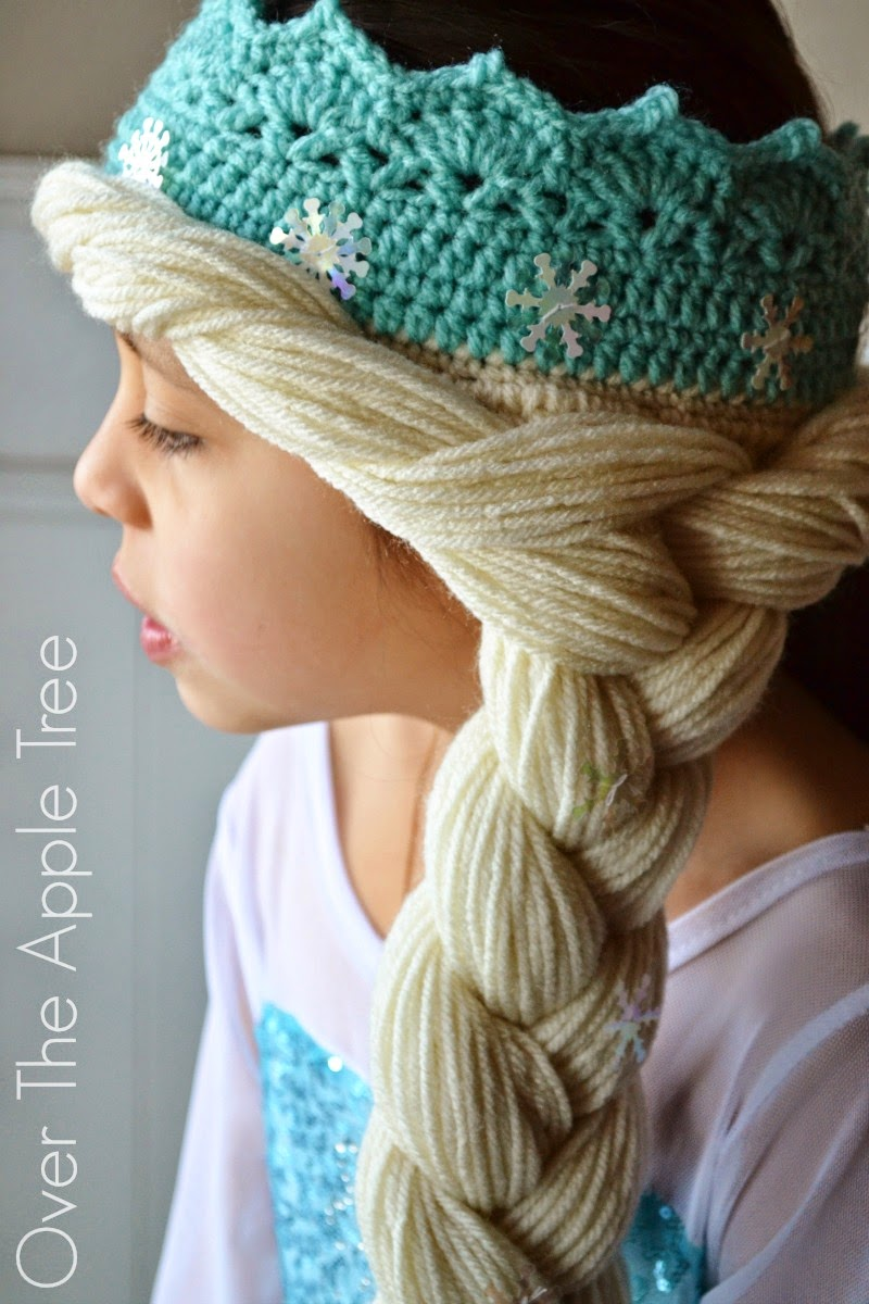 Over The Apple Tree: Crochet Elsa Crown With Hair