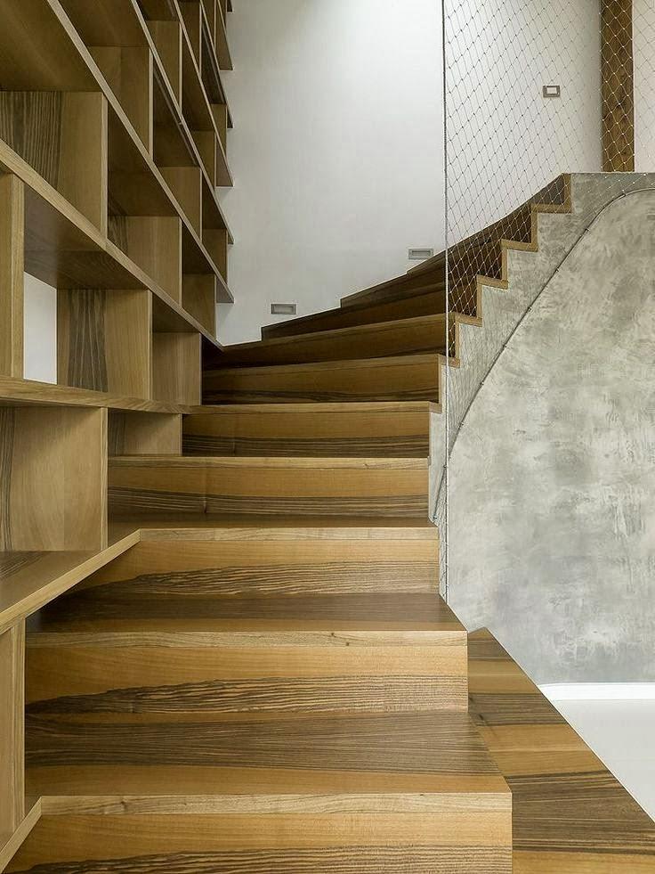 resulta muy interesante siempre que sea posible la integracin de la escalera con libreras de modo que forman ambas un solo conjunto