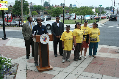 Leggett Celebrates Reedie Streetscape Project and Thanks Pedestrian Safety Volunteers