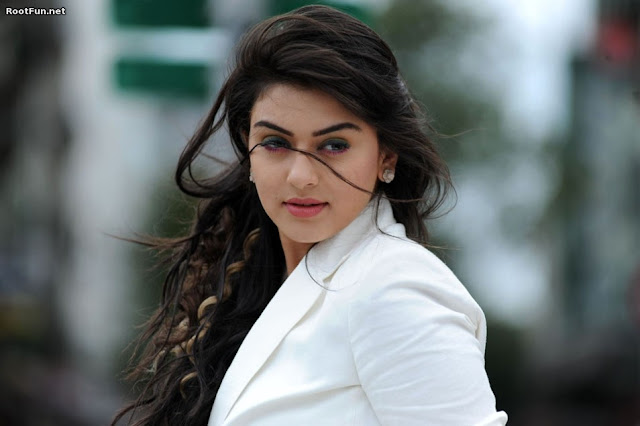 7 Most HOT and Sexy Hansika Motwani Pictures