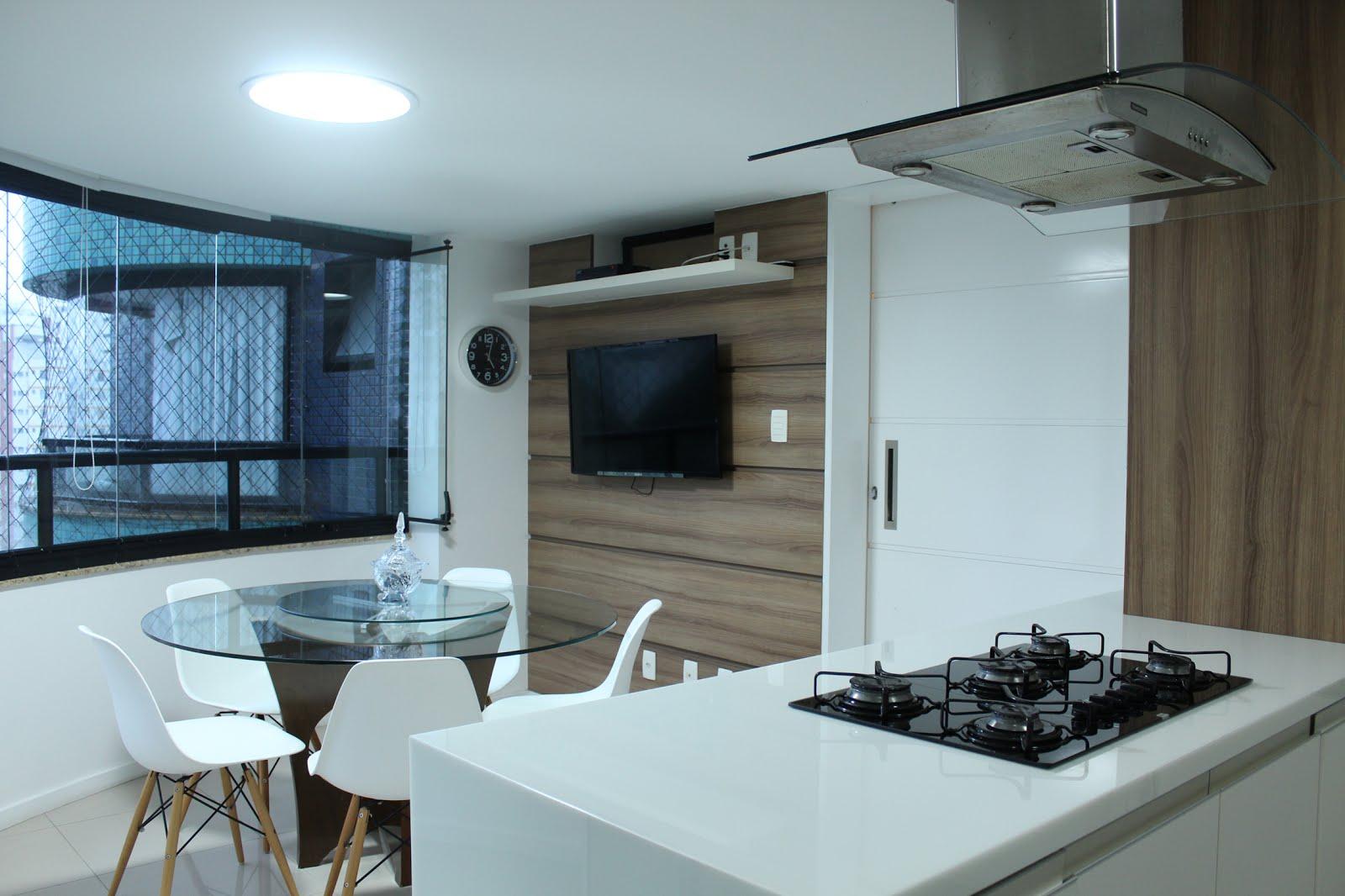 Cozinha gourmet  arquitetas Alice Elon e Rossana Alcântara  armários  #354B61 1600 1066