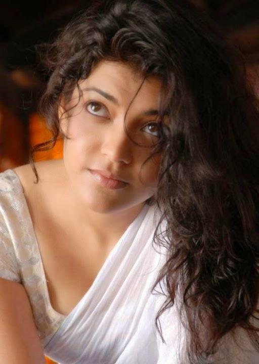 Kajal Aggarwal hot breast show photos