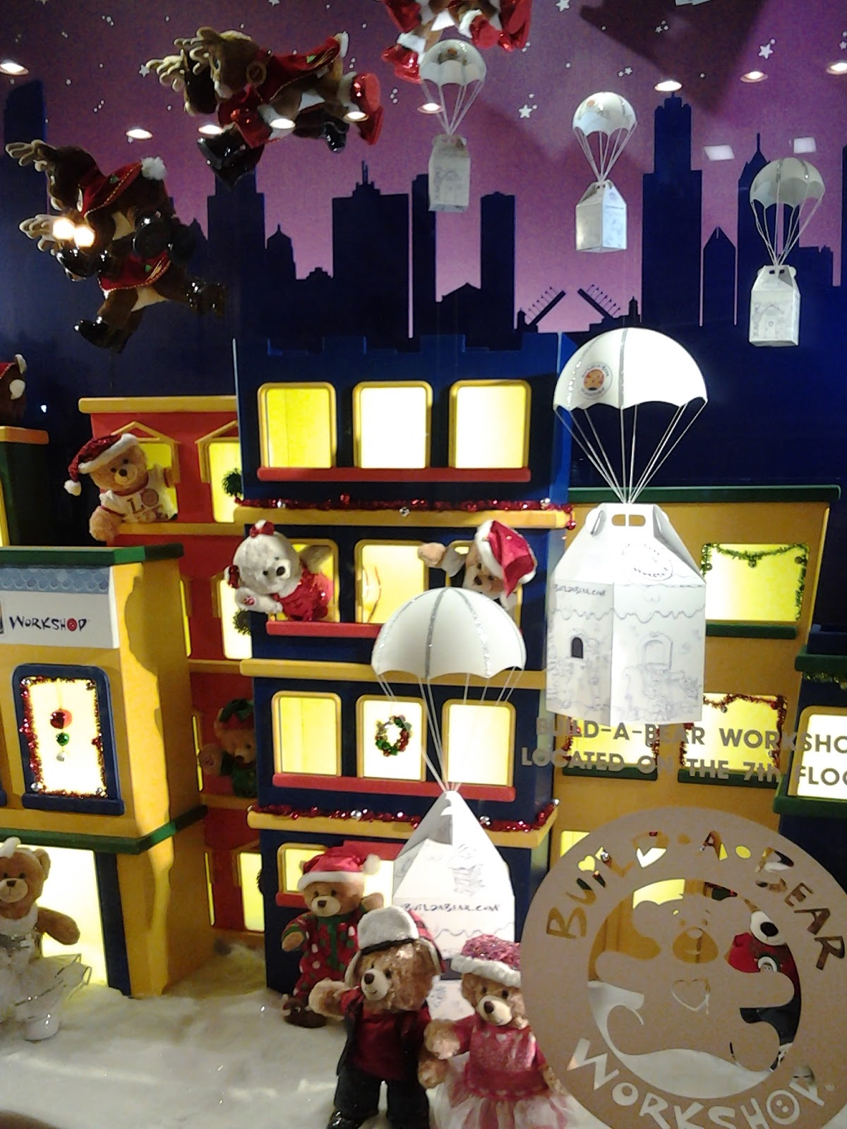 Chicago Macy's Christmas Windows 2014 Build A Bear Santa