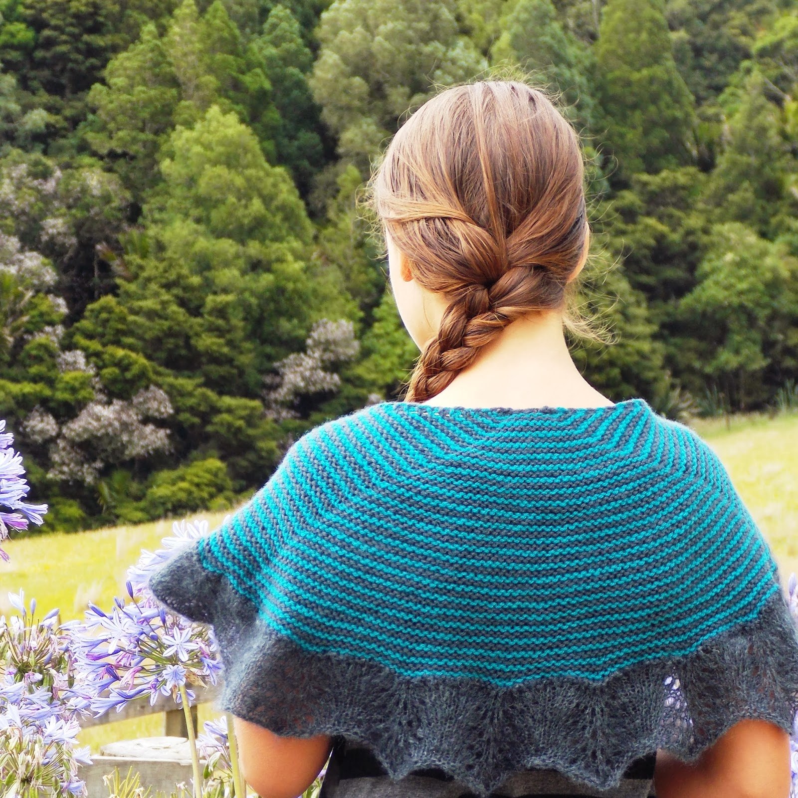 Filigree by Gabriella Henry. Pretty vintage inspired shawl knitting pattern. #skeinz #kidmohair Click through to purchase.