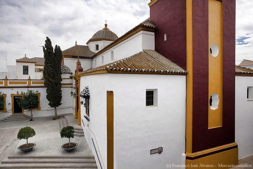 Asociaci n cultural searus porche de la iglesia santa - Casas en los palacios y villafranca ...
