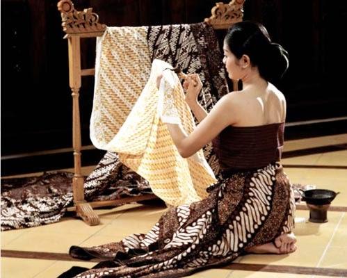Batik Home Industry Wood - Yogyakarta