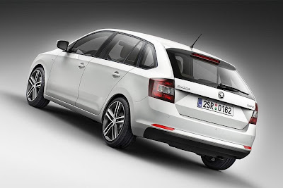 Skoda Rapid Spaceback (2014) Rear Side