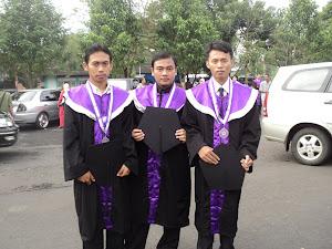 Wisuda S1 Tahun 2011