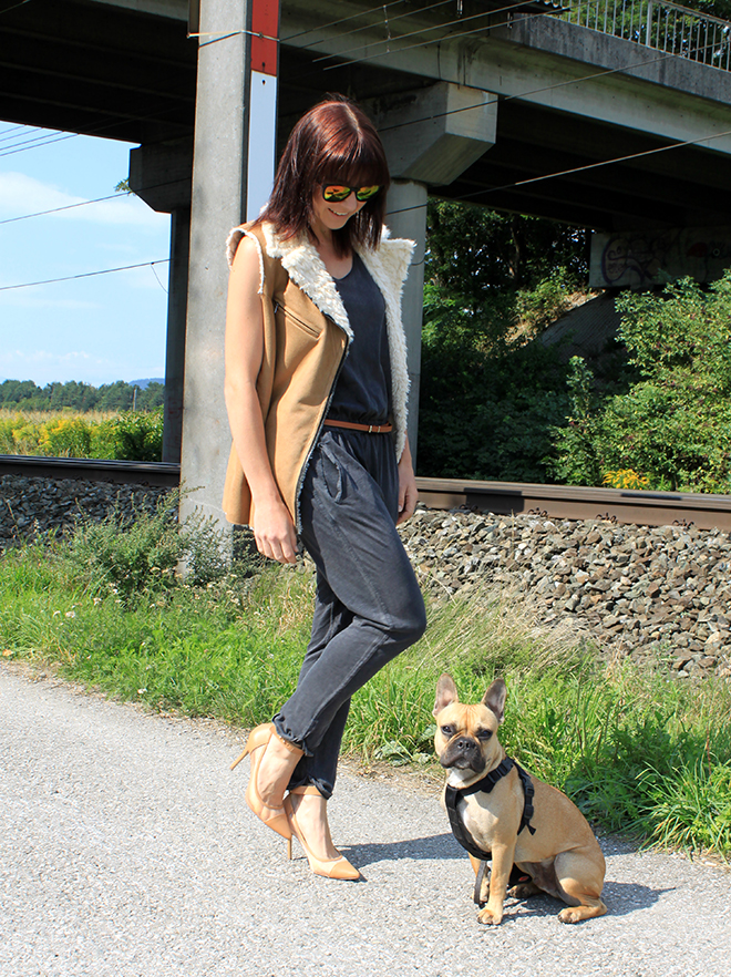 outfit_trend_jumpsuit_Weste_fakefur_fauxfur_zara_trend_herbstwinter_2013_2014_mocca_bulldogge