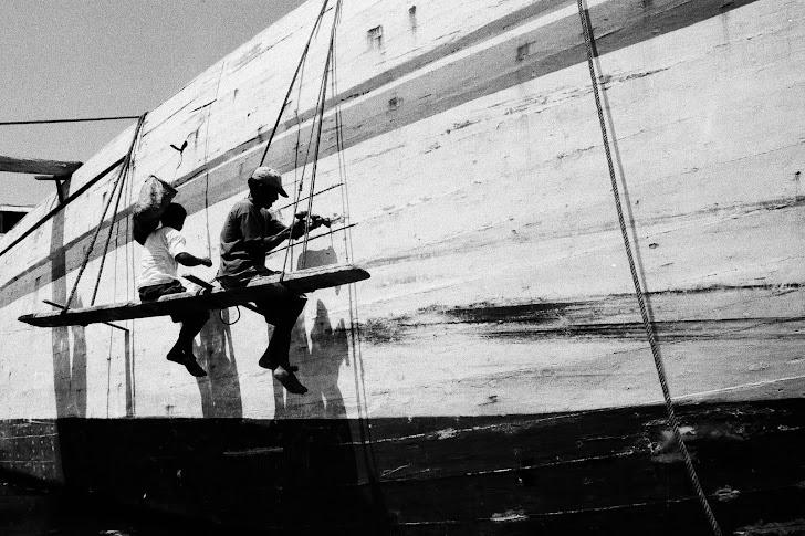 Memperbaiki Perahu. 2007