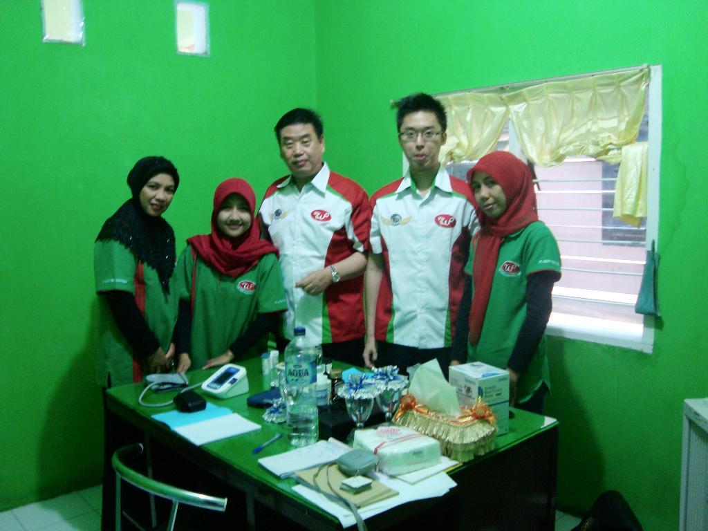 Specialis Medis, Akupuntur Dan Herbalist Dari China Di SC 307