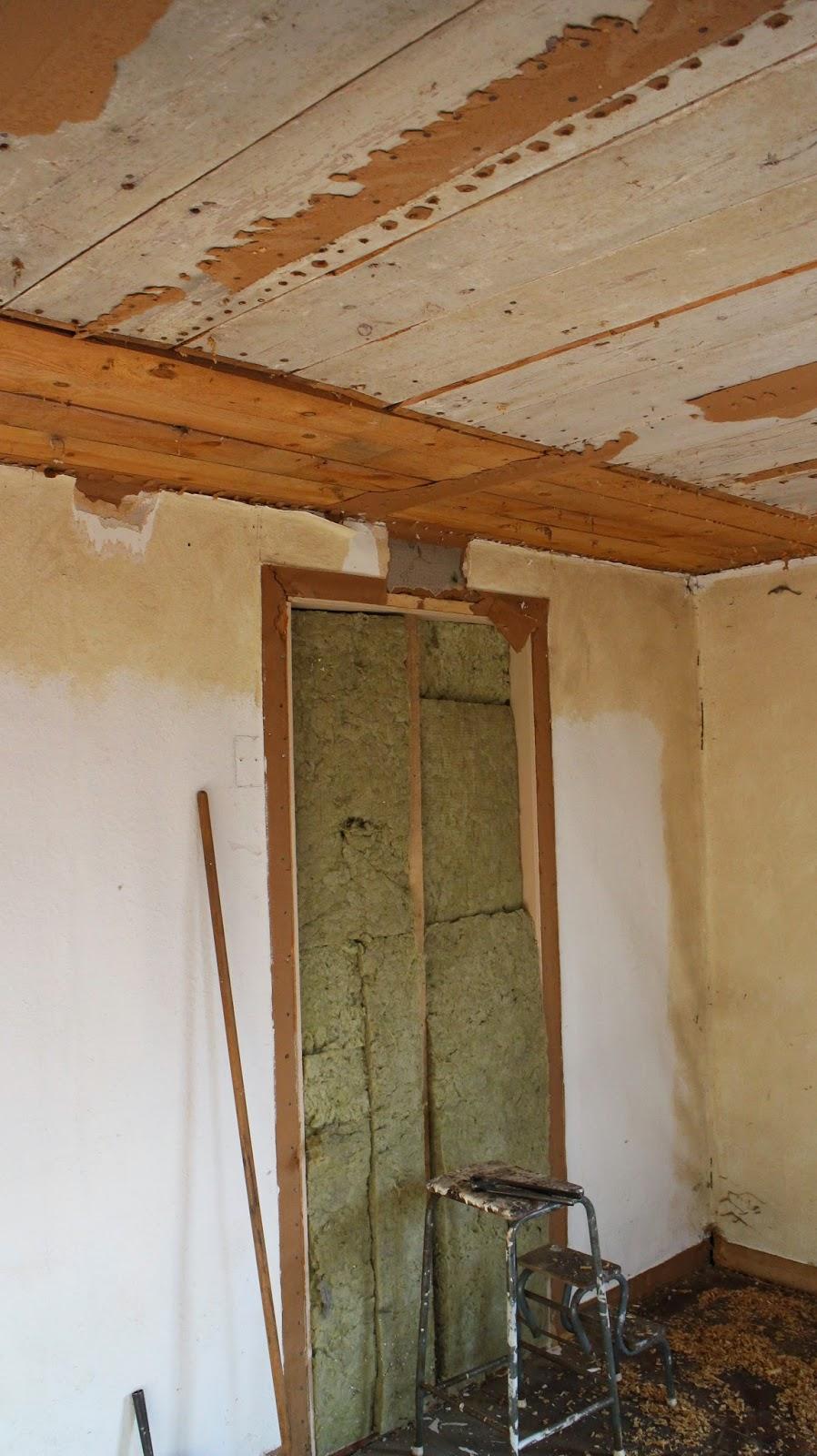 Lillstugan antik: renovering av sovrum