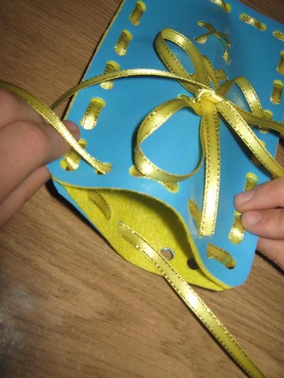 Как с делать подарок бабушке своими руками