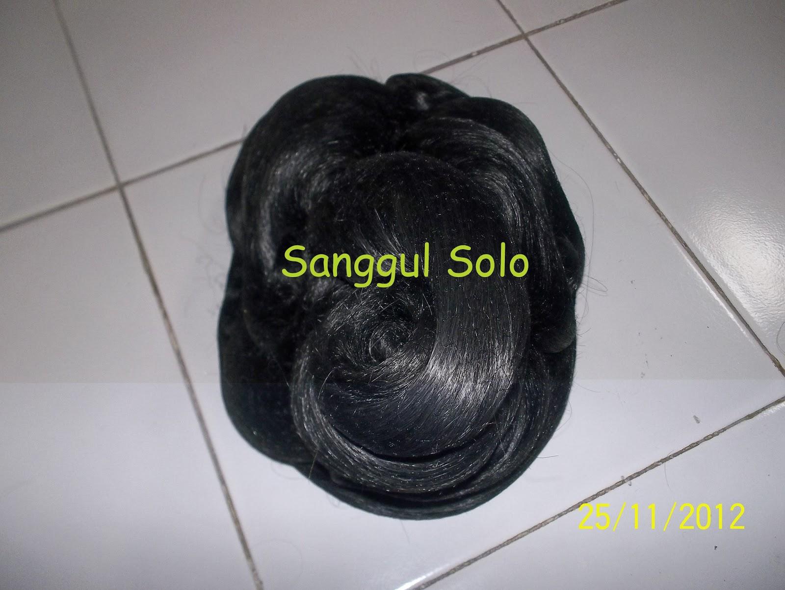 Sanggul Topi Tumpuk, IDR 40.000