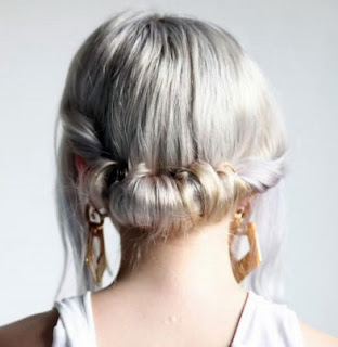 gaya rambut natal wanita
