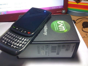BlackBerry Torch 9800 Rp.3.000.000  hub.0852 1677 7745