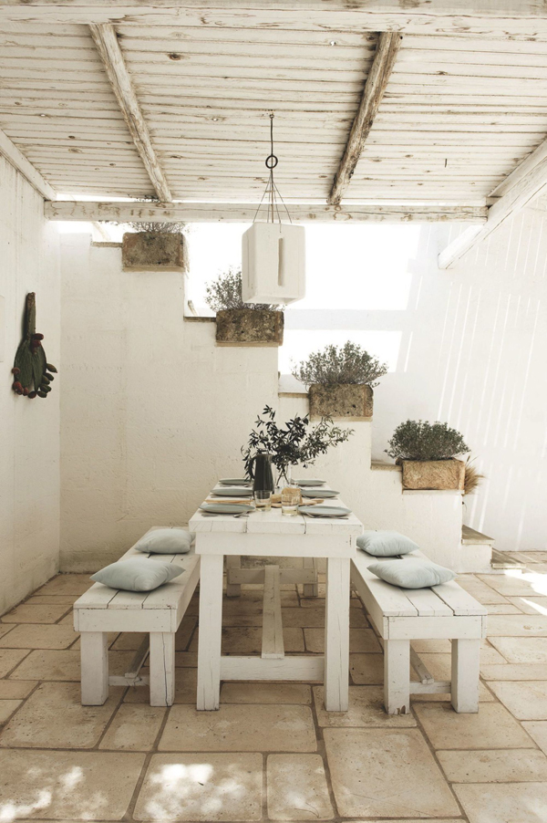 Una masseria per le vacanze in puglia for Home design ideas facebook