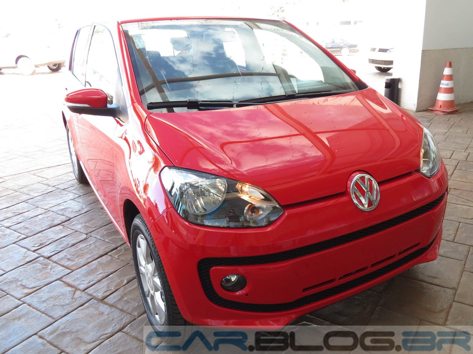 Volkswagen up! - High-up!