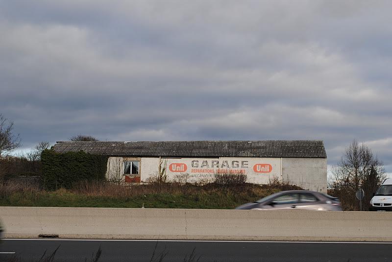 Les carnets de clio boxes et garage for Louer garage mecanique