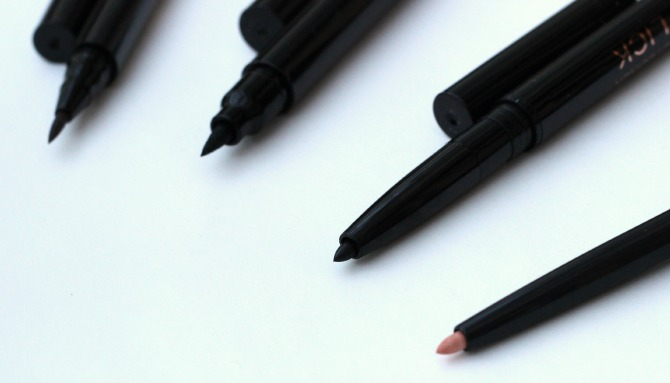 Makeup Revolution Awesome eye pencil tips