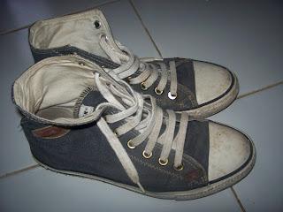 5 Tips Pakai Sepatu Yang Pria Wajib Tahu