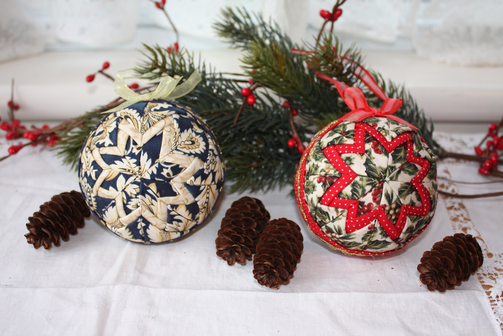 Thimbles, Bobbins, Paper and Ink: Quilted Fabric Ornaments : quilted fabric ornaments - Adamdwight.com