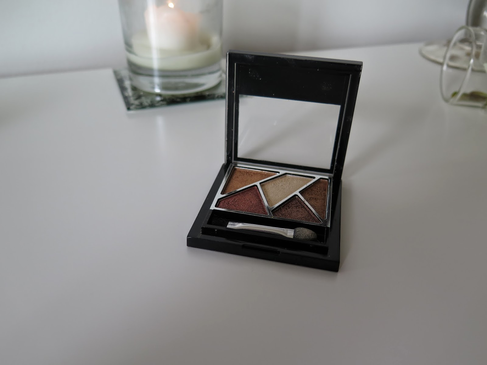 bronze eye shadow, high five