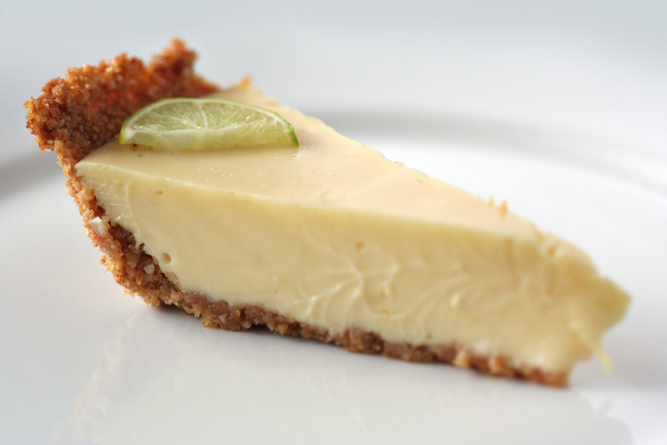 Clean Eating Meets Country Girl: Key Lime Shakeology Pie