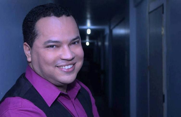 Lewis Miguel...Uma voz em adoração.