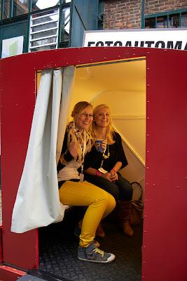 Hafenmädchen und Jules kleines Freudenhaus im Fotoautomat