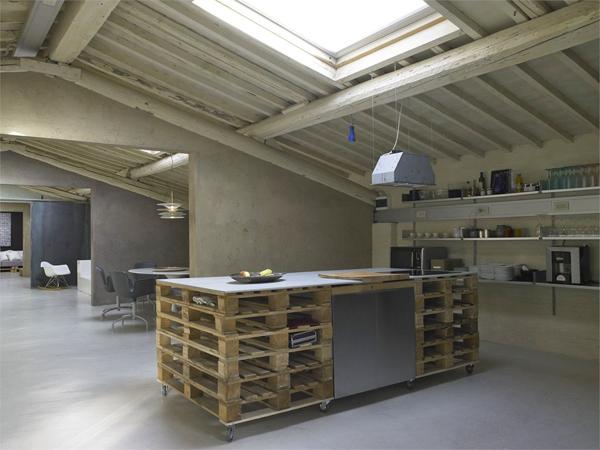 Mueblesdepalets.net: encimera de cocina y lavabo hechos con palets