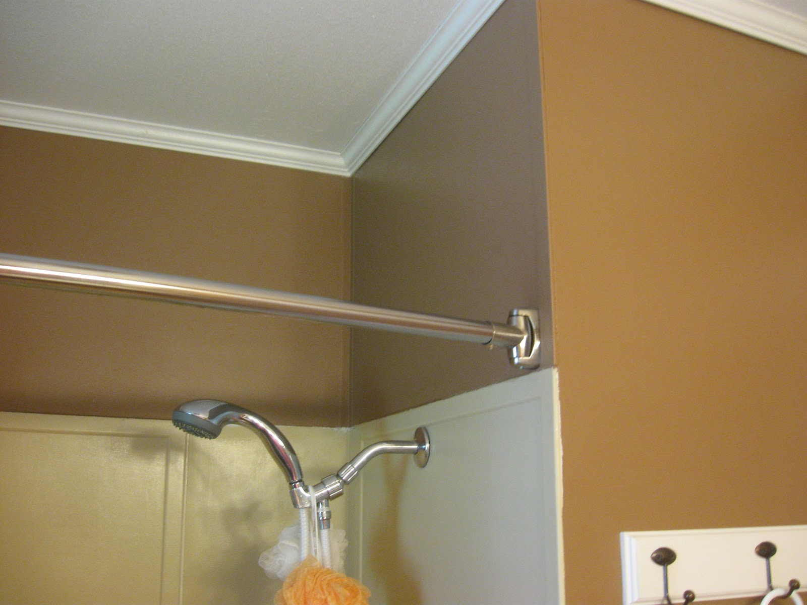 BATHROOM MAKEOVER   PAINTING PLASTIC WALLS. Thrifty Parsonage Living  BATHROOM MAKEOVER   PAINTING PLASTIC WALLS