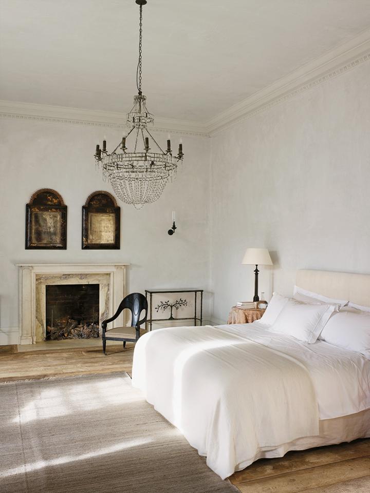 D cor de provence rose uniacke for Main bedroom ideas