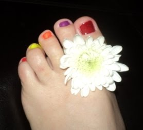 Kimmie&#39; Rainbow Toes